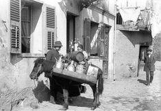 Σπάνιες φωτογραφίες της Θεσσαλονίκης βρέθηκαν στο συρτάρι ενός Γάλλου γιατρού. Όταν δεν περιέθαλπε ασθενείς φωτογράφιζε τη πόλη Old Photographs, Old Photos, Thessaloniki, Macedonia, Amazing Destinations, Historical Photos, Greece, The Past, History