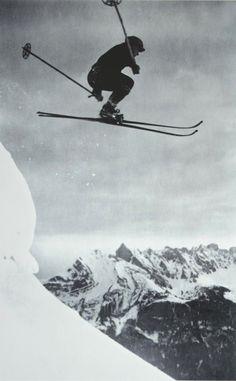 ski et snowboard Alpine Skiing, Snow Skiing, Ski Et Snowboard, Ski Ski, Ask The Dust, Vintage Ski Posters, Photo Deco, Ski Jumping, Man Ray