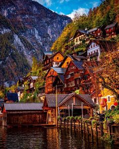 Autumn in Hallstatt, Austria.