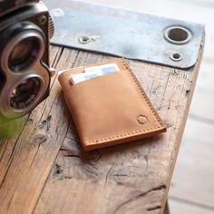 Geldbörsen - KURT Wallet   hellbraun - ein Designerstück von hoch3 bei DaWanda
