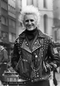 Today I want to share with you the world's largest punk photo archive called Karl Nagel's PUNKFOTO. It has over 12,000 pictures dating from 1978 to 2000. What I really dig about this site is how it is a real life look at how German punks were living at the time, so I put together …