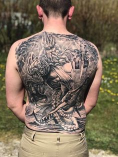 Wolf Pack Tattoo, Lion Tattoo, Cool Chest Tattoos, Head Tattoos, Wolf Tattoo Design, Tattoo Designs, The Crown Season, Family Loyalty, Most Popular Drinks