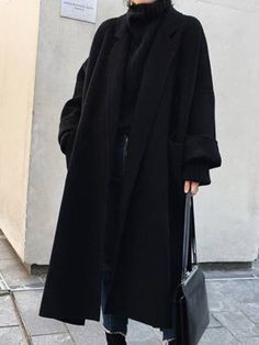 Winter Fashion Outfits, Edgy Outfits, Korean Outfits, Mode Outfits, Cute Casual Outfits, Fall Outfits, Fashion Coat, Schwarzer Mantel Outfit, Outfit Stile