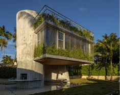 Three-Story Spiral Addition Gives Miami Bungalow a Modern Twist  Read More :  http://www.studioaflo.com/inspirations/three-story-spiral-addition-gives-miami-bungalow-a-modern-twist/  #Addition, #Bungalow, #Gives, #Miami, #Modern, #Spiral, #ThreeStory, #Twist
