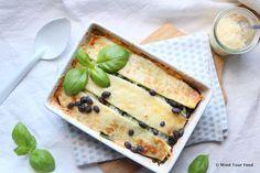 Een verwarmend herfst gerecht, deze groentelasagne met zwarte bonen en pittige Gruyere kaas is comfortfood ten top. Met zoete aardappel, courgette