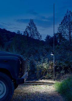 House in Montalcino. 2015 Project: Gerda Vossaert Architect Lighting project: Davide Groppi and Daniele Sprega. Lamps: Davide Groppi. In this photo BUBKA outdoor lamp.
