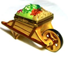 Limoges France French Signed Fruit Vegetable Cart Trinket Box Peint Main Limoge