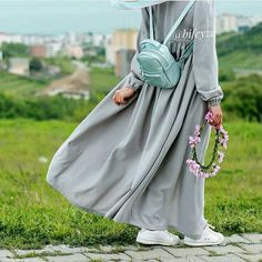 Hijab Gown, Hijab Style Dress, Hijab Chic, Hijab Outfit, Niqab Fashion, Modern Hijab Fashion, Muslim Fashion, Fashion Wear, Beautiful Muslim Women