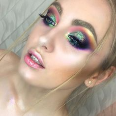 "3,927 Likes, 36 Comments - Alexeeva Victoria MakeupStudio (@alexeeva_victoria) on Instagram: ""Уфа❤️ первый показ сегодняшнего дня- #colourmakeup…"""