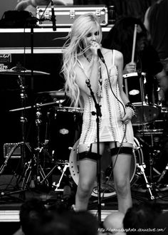 The Pretty Reckless :3