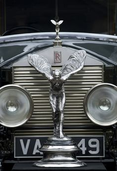 1926 Rolls Royce Rolls Royce, Bugatti Veyron, Vintage Cars, Antique Cars, Vintage Antiques, Car Hood Ornaments, Car Wheels, Old Cars, Cars And Motorcycles