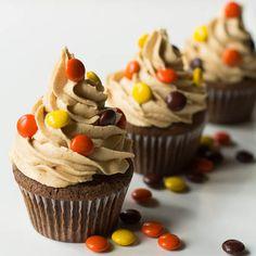 Reese's Cupcakes, met heerlijke Pieces. Verkrijgbaar op http://www.jamin.nl/online_bestellen_71582/reeses-pieces.html