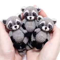 Mesmerizing Crochet an Amigurumi Rabbit Ideas. Lovely Crochet an Amigurumi Rabbit Ideas. Crochet Diy, Crochet Crafts, Crochet Dolls, Yarn Crafts, Crochet Ideas, Diy Crafts, Yarn Projects, Knitting Projects, Crochet Projects
