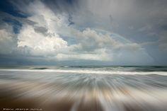 Arco iris en la playa