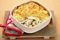 Tasty Seafood Au Gratin Recipe with Fish and Crab or Shrimp-Seafood au gratin with fish and crab or shrimp. This is a delicious seafood twist on a traditional comfort food recipe. Creamy Seafood Bisque Recipe, Seafood Recipes, Cooking Recipes, Shellfish Recipes, Pie Recipes, Scottish Recipes, British Recipes, British Meals, English Food
