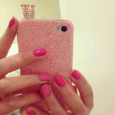 Luv the nails. But I really luv the phone case more.