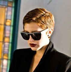 25 Very Short Pixie Cuts | http://www.short-hairstyles.co/25-very-short-pixie-cuts.html