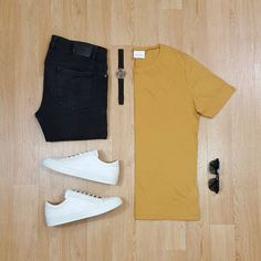 Men Casual T-Shirt Outfit 🖤 Very Attractive Casual Outfit Grid, Best Smart Casual Outfits, Cool Outfits, All White Sneakers, Smart Casual Men Sneakers, Outfit Grid, Mens Clothing Styles, Clothing Ideas, Sneakers Fashion, Women's Sneakers