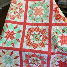 Look at this!!!! It's so so beautiful!! Swoon Sixteen in Vintage Modern!! This quilt will be hard to beat this year! #thimbleblossoms #swoonsixteen #bonnieandcamille
