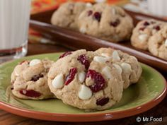 Ready to be the star of your family? This recipe for autumn-ready Oatmeal Cookies will earn you a blue ribbon!