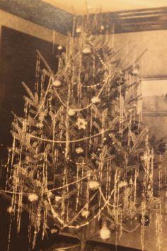 Christmas Tree 1930s