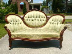 Walnut Victorian Cameo Back Sofa circa 1865 Victorian Sofa, Classic Architecture, Cgi, Antique Furniture, Love Seat, Sweet Home, Couch, Antiques, Ebay