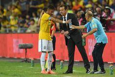 Em meio à rusga de Neymar e Dunga, Seleção convive com críticas aos dois #globoesporte