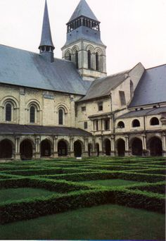 In the afternoon of 12 May 1993 we came to Fontevraud Abbey, in the village of Fontevraud-l'Abbaye, Maine-et-Loire, Pays de la Loire, France.