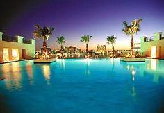Tampa Marriott Waterside Hotel and Marina employee 2000-2001