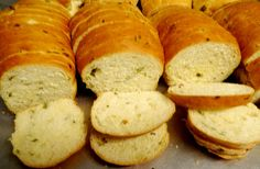 pão de forma com cebolinha da POLOS pães e doces
