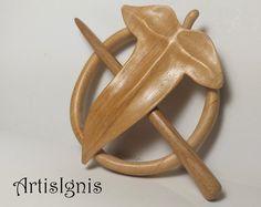 Elfic Leaf Shawl Pin or Hair Slide Handmade Alder by ArtisIgnis