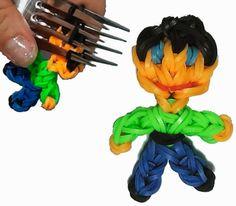 COMO HACER UNA NIÑO DE GOMITAS (MINI-FIGURA) CON DOS TENEDORES.  En este video os enseño como hacer una mini-figurita de un niño de gomitas utilizando un telar casero, dos tenedores, sin Rainbow loom, ni similar. Esta es una figura básica pequeña de un personaje.Podeis usar el muñeco para llavero, un collar, un colgante para lo que querais adornar. Con instrucciones faciles paso a paso.