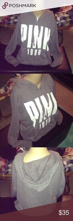 Gray VS pink hooded sweatshirt white lettering Gray VS pink hooded sweatshirt white lettering, size M Tops Sweatshirts & Hoodies