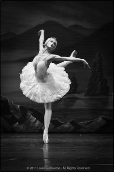 "Irina Kolesnikova as Odette in ""Swan Lake""  St Pertesburg Ballet Theatre 