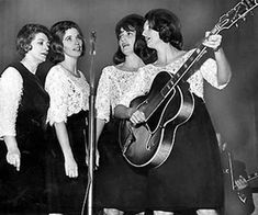 L-R: Maybelle (Addington), June Carter Cash, Anita Carter and Helen Carter. My cousins June Carter Cash, Country Musicians, Country Music Singers, Johnny Cash Live, Carter Family, Broken Families, Beautiful Songs, Folk Music, Yesterday And Today