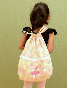 Made in Mommyland: Simple drawstring backpack tutorial