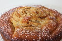La torta 7 vasetti con mele e marmellata di pesche è un dolce molto semplice, una variante ancora più golosa della classica torta di mele. Ecco la ricetta
