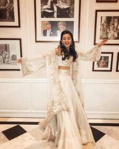 Nov 2019 - 15 Stunning Pastel Coloured Lehengas For All You Bridesmaids! Indian Fashion Bloggers, Indian Fashion Dresses, Indian Bridal Outfits, Indian Gowns Dresses, Pakistani Bridal Dresses, Dress Indian Style, Indian Designer Outfits, Prom Dresses, Indian Bridal Sarees