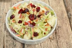 Kids Favorite Broccoli Apple Salad - It's shredded broccoli slaw, apples, dried cranberries, sliced almonds, and poppyseed dressing. So super delish! Even kids love it! Other Recipes, Side Dish Recipes, Real Food Recipes, Cooking Recipes, Yummy Food, Healthy Recipes, Side Dishes, Easy Recipes, Easy Salads