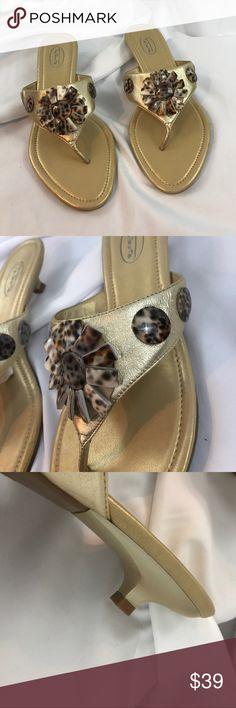 "NWOT Talbots sz9.5 gold 1.5"" kitten heel sandals NWOT Talbots sz9.5 gold 1.5"" kitten heel sandals w/shell flower details... Talbots Shoes Sandals"