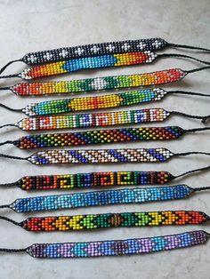Loom Bracelet Patterns, Bead Loom Bracelets, Bead Loom Patterns, Bead Embroidery Jewelry, Beaded Embroidery, Beaded Jewelry, Loom Beading, Bead Art, Reggae