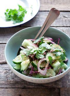 Komkommersalade van Ottolenghi | eten uit de volkstuin