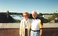 Former President Jimmy Carter and his wife Rosalynn visit Niagara Falls, July 11, 1996