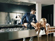 SuitSupply - Carli Hermès