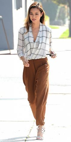 An Easy-Chic Outfit Idea for the Office, Courtesy of Jamie Chung via @WhoWhatWear amazing outfitttt