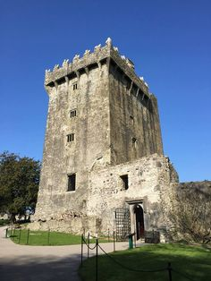 Castle Blarney.The walls are 18 feet thick at the base, gradually sloping inward as they rise. This makes the building more stable, but would also have helped with defence: when an object was dropped from the top it would bounce off the wall on the way down and fly outwards into the enemy. #blarneycastle