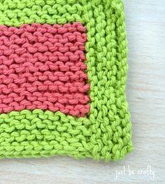 Garter Stitch Coaster zoom