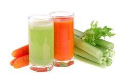 Jugo de zanahoria, apio y pepino para problemas del hígado