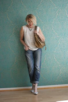 A fashion blog for women over 40 and mature women http://glamupyourlifestyle.blogspot.de/  Top: H+M  Jeans: Fornarina Bag: Chloé Marcie Shoes: Pura Lopez