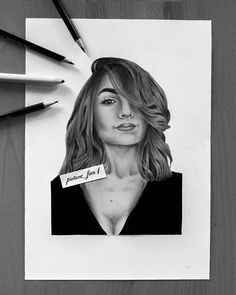 "22-year-old artist ✏☺ auf Instagram: ""Please tag her 😊 also there's a timelapse of this drawing up on my youtube channel 😉 . Portrait of @ischtarisik 😊 . . #artist #illustration…"""